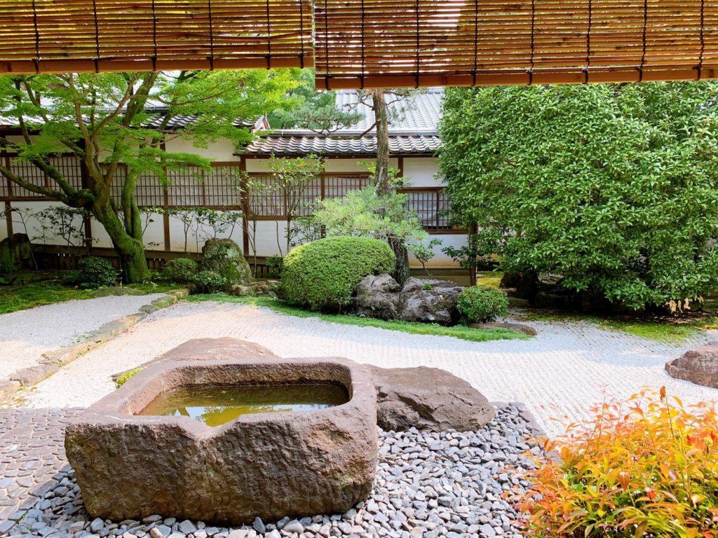 御香宮神社 石庭